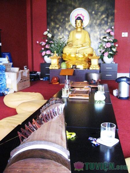 Ăn chay và thưởng thức thiền trà tại Thiện Đông