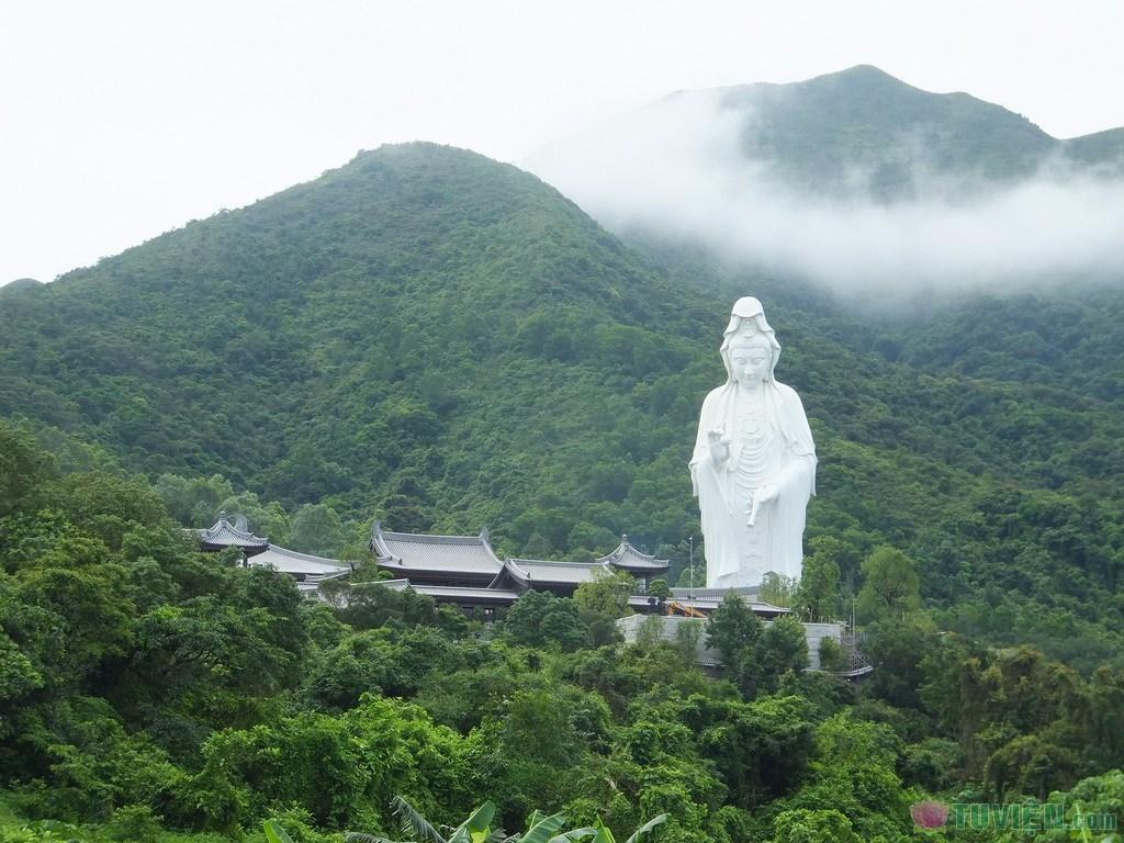 guanyin-tsz-shan-monastery-7.jpg