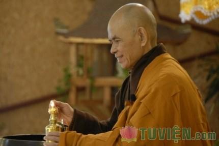 30 câu nói của Thiền sư Thích Nhất Hạnh khiến bạn phải suy nghĩ