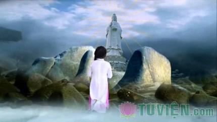 Tụng kinh Phổ Môn và niệm danh hiệu Bồ tát Quán Thế Âm có được bình an?