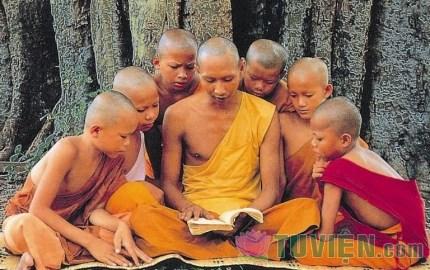 Bốn ơn lớn mà người Phật tử cần nhớ