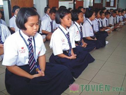 Cần sớm áp dụng Thiền vào trường học, bệnh viện, và trại cai nghiện