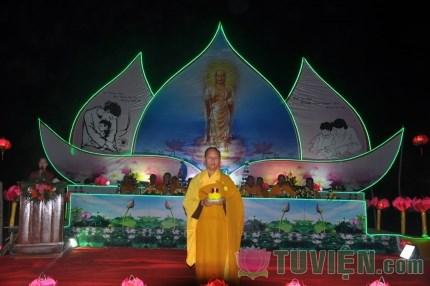 Hà Tĩnh: Hàng nghìn người tham dự Đại lễ Vu Lan tại chùa Hữu Lạc