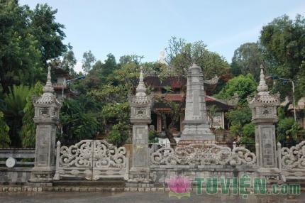 Ngôi chùa nổi tiếng nhất TP Nha Trang