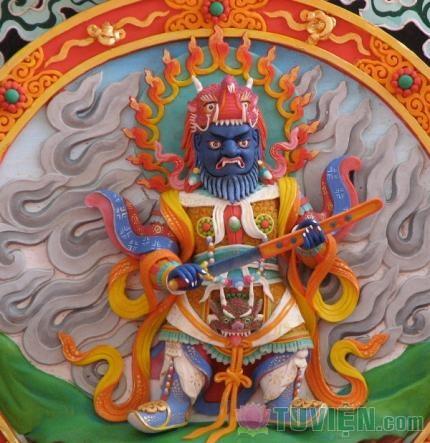 Tuyệt tác tôn dung Đức Phật chế tác trên bơ