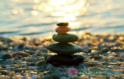 Đừng mang đá đặt trong tâm