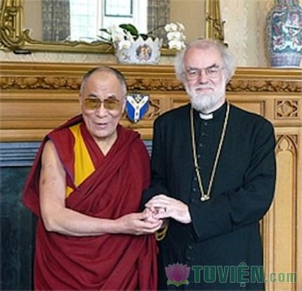 """Cựu Tổng Giám mục Rowan Williams """"Phật giáo giúp tôi cầu nguyện tốt hơn"""""""