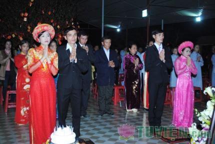 Hà Tĩnh - Lễ hằng thuận cho hai đôi uyên ương tại chùa Phổ Độ
