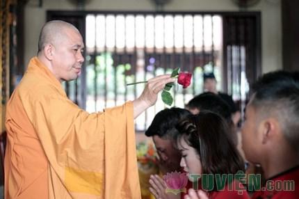 Độc đáo lễ Hằng thuận của 14 cặp đôi Hà Thành