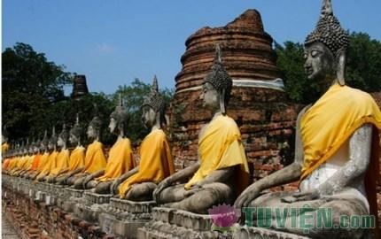 Chương III. Khâu Đà La Man Nương và Đức Phật Pháp Vân