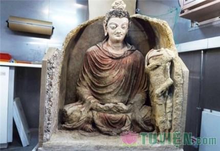 Những bức tượng được tìm thấy sau hàng trăm năm
