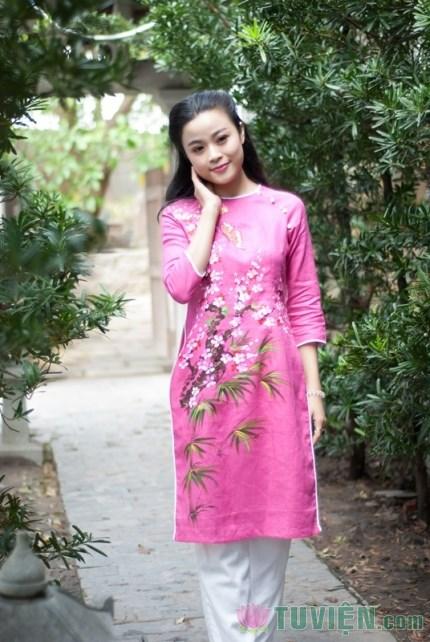 Nữ diễn viên trẻ xuất gia gieo duyên một tháng tại chùa Ni - Q7