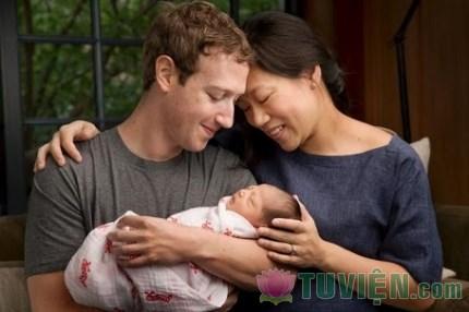 Xúc động trước lá thưông chủ Facebook gửi con gái mới chào đời