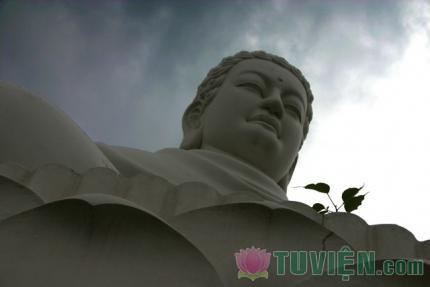 Đừng hiểu Đạo Phật như là một tôn giá