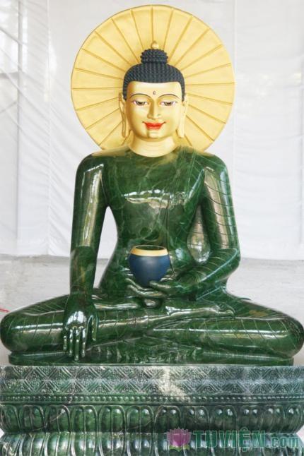 Phật Ngọc Cho Hòa Bình Thế Giới
