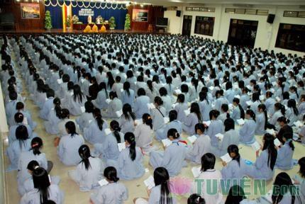 Tại sao Phật tử phải đến chùa Tụng Kinh, Niệm Phật