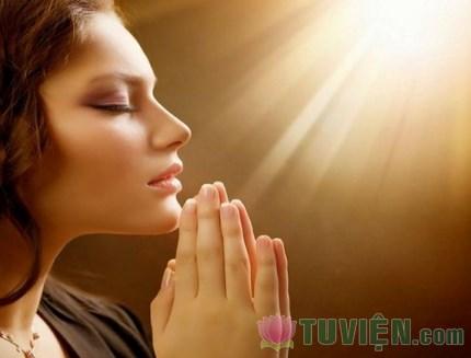 Niệm Phật đem lại lợi ích gì?