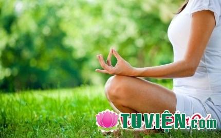 Thiền: Động tác giản đơn thậm chí bất động lại tác động toàn diện đến cơ thể