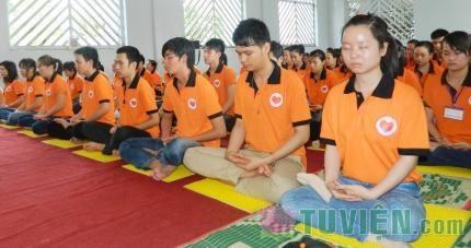Dùng thiền để giảm stress cho sinh viên