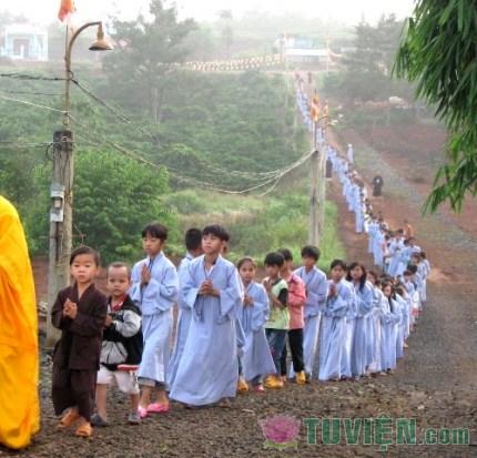 Tuổi thơ của tôi và giấc mơ mùa Phật đản