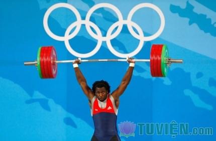 Vận động viên cử tạ ăn chay tại Olympics Rio 2016