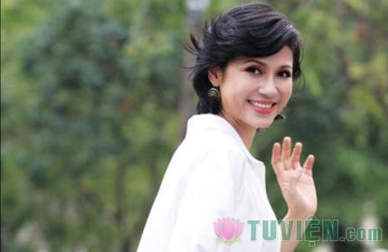 Diễn viên Việt Trinh: Đứng vững nhờ ánh sáng Phật pháp