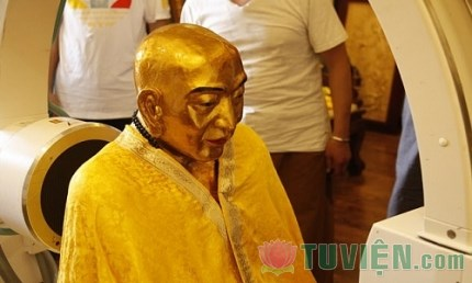 Xác ướp còn nguyên vẹn sau 1.000 năm của đại sư Phật giáo