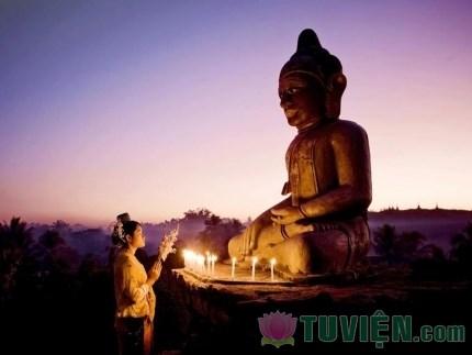 Ý nghĩa của cầu nguyện, cầu an và cầu siêu